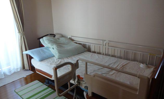 介護ベットの置かれた部屋