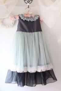リメイクしたお洋服。女児用のドレス。