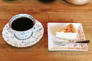 小しょぼい喫茶店ケーキP06_09_0605